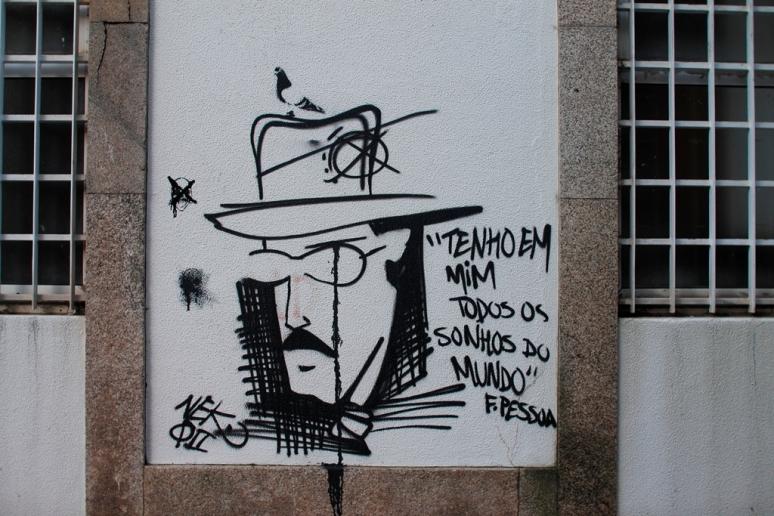 Pessoa Graffiti Espinho