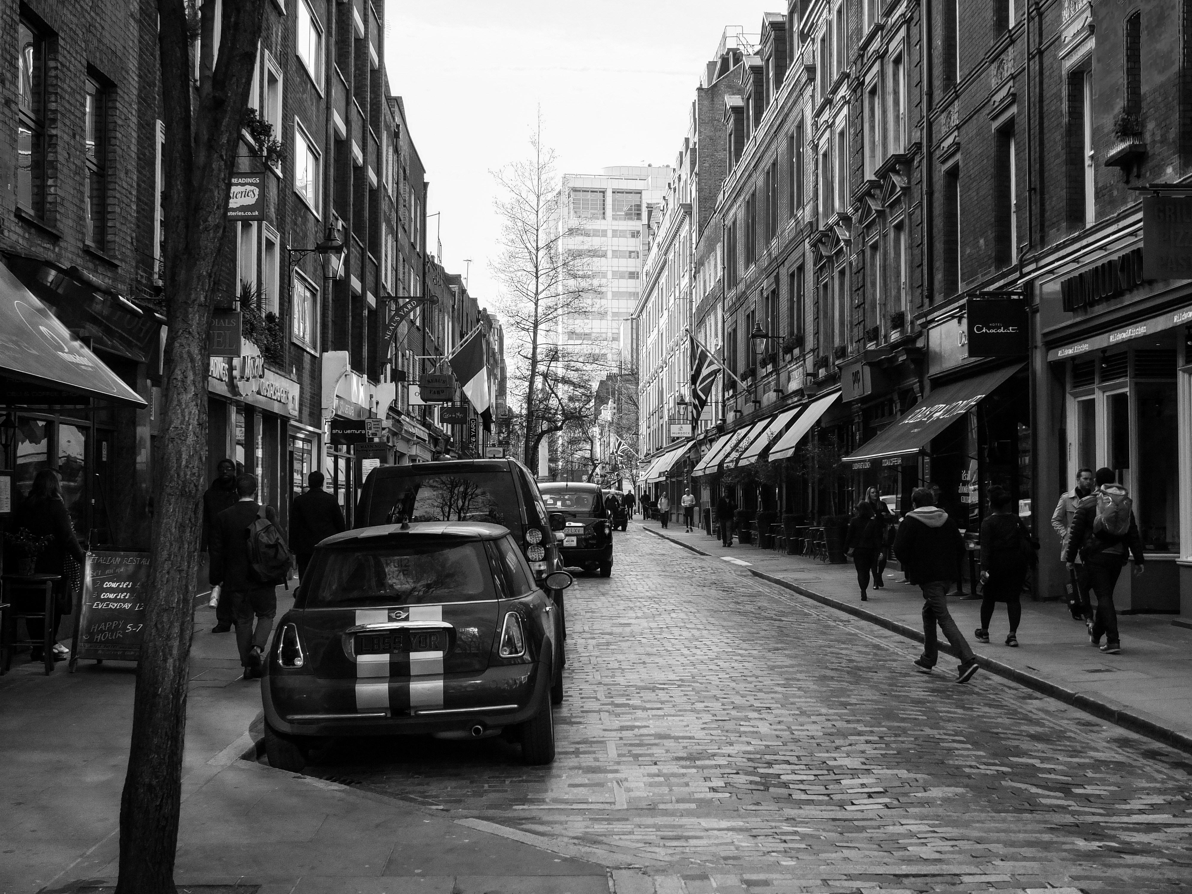 London Black And White Rain