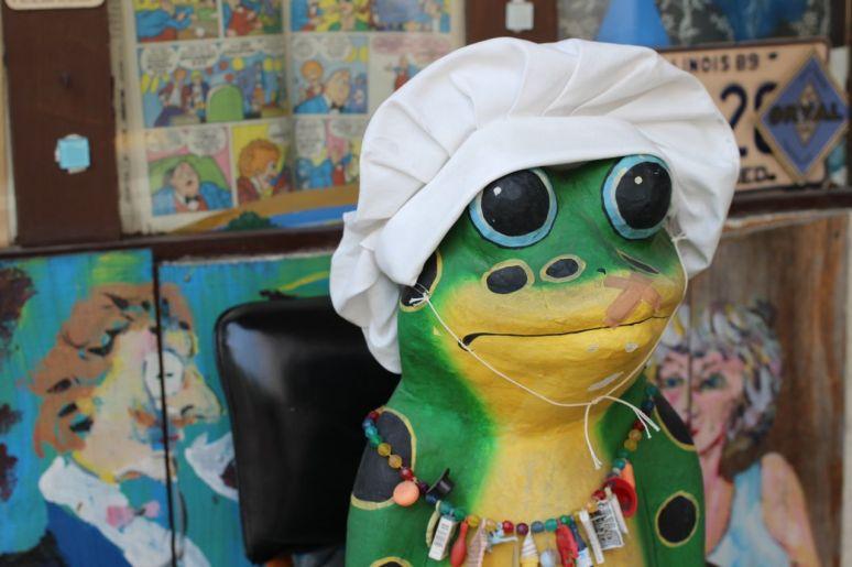 Tokyo frog